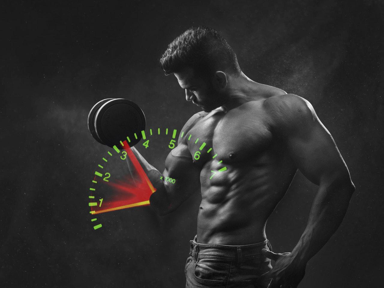 Levantar pesas rápido o lento, ¿qué es mejor?