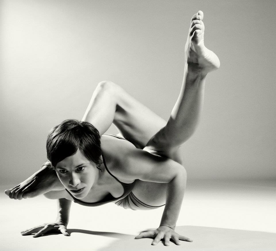 pose extrema de yoga