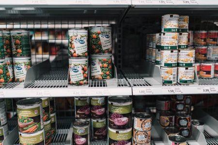 la comida enlatada es saludable supermercado